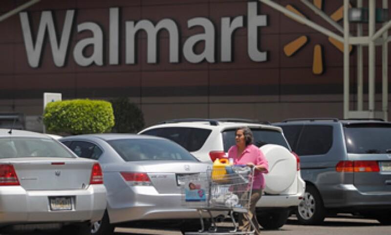 Walmex asegura que el nuevo personal se desempeñará en áreas de ventas, cajas, seguridad y recibo. (Foto: Reuters)