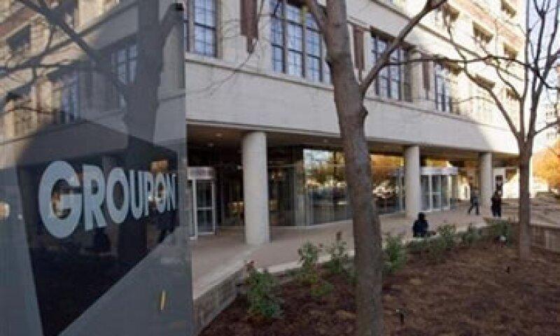 Groupon anunció que revisa sus resultados financieros del último trimestre de 2011. (Foto: Reuters)