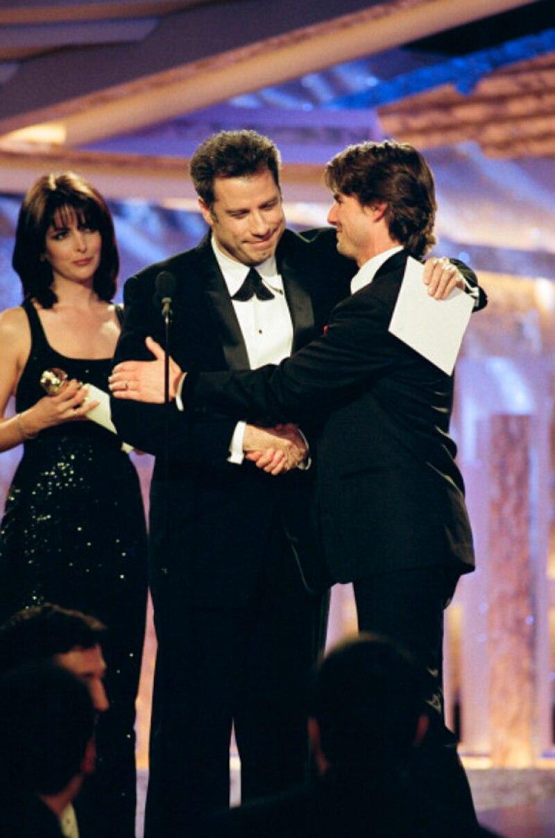 John Travolta y Tom Cruise en la 54 entrega de los Golden Globes.