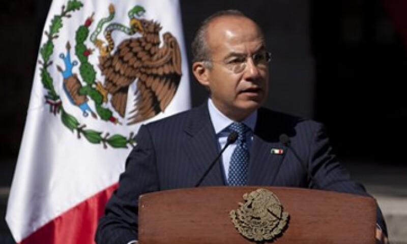 El presidente Felipe Calderón Hinojosa dijo que la reforma laboral tipifica como delito la contratación de menores de edad. (Foto: Reuters)