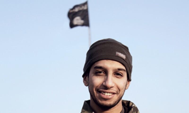El cuerpo de Abdelhamid Abaaoud fue identificado entre las dos personas abatidas en un operativo policial. (Foto: AFP/Archivo)