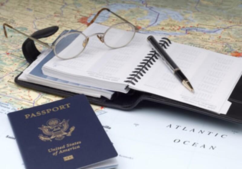 Los viajeros deberán pasar por una investigación de antecedentes y toma de huellas digitales para entrar al programa. (Foto: Photos to go)