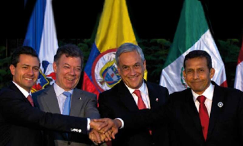 De izquierda a derecha los presidentes Enrique Peña Nieto, Juan Manuel Santos, Sebastián Piñera, y Ollanta Humala. (Foto: Tomada de presidencia.gob.mx)