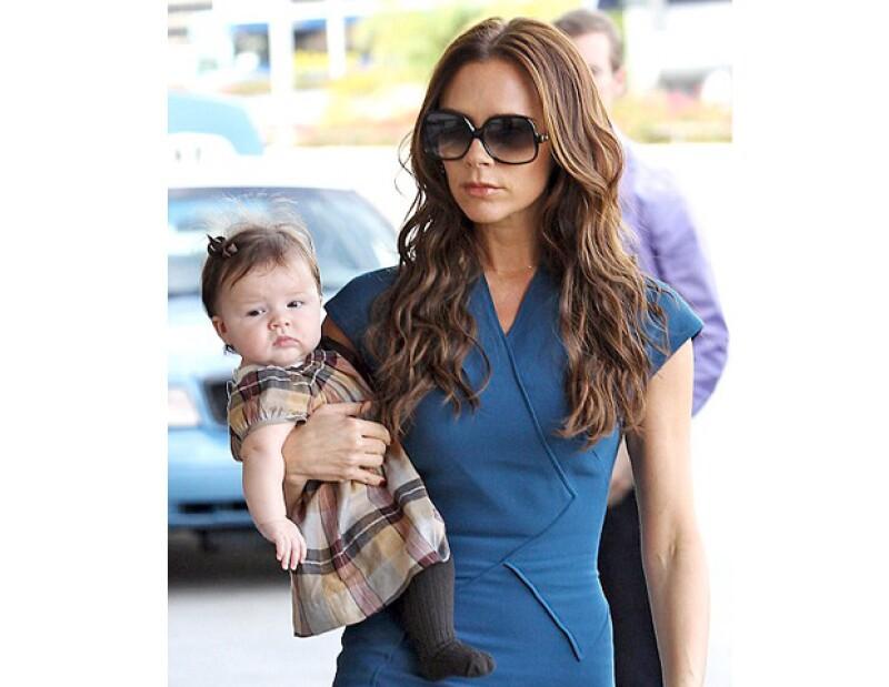 De acuerdo con el sitio My1stYear.com, la hija de Victoria y David Beckham es la pequeña que marca más tendencia.
