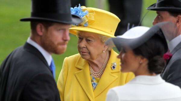 Príncipe Harry, la reina Isabel II y Meghan Markle