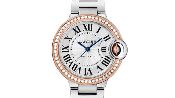 El reloj Ballon Bleu de Cartier con oro rosa de 18 quilates y diamantes la enamorará.