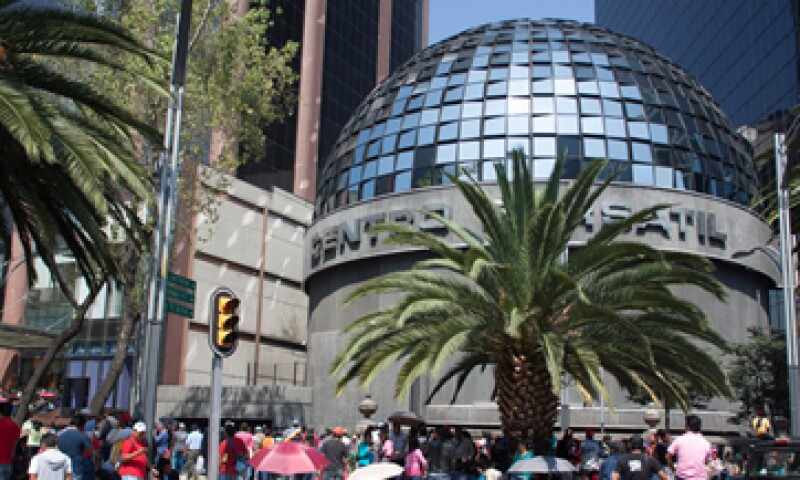 Las acciones de Televisa retroceden 0.1% a 82.6 pesos por título.  (Foto: Cuartoscuro)