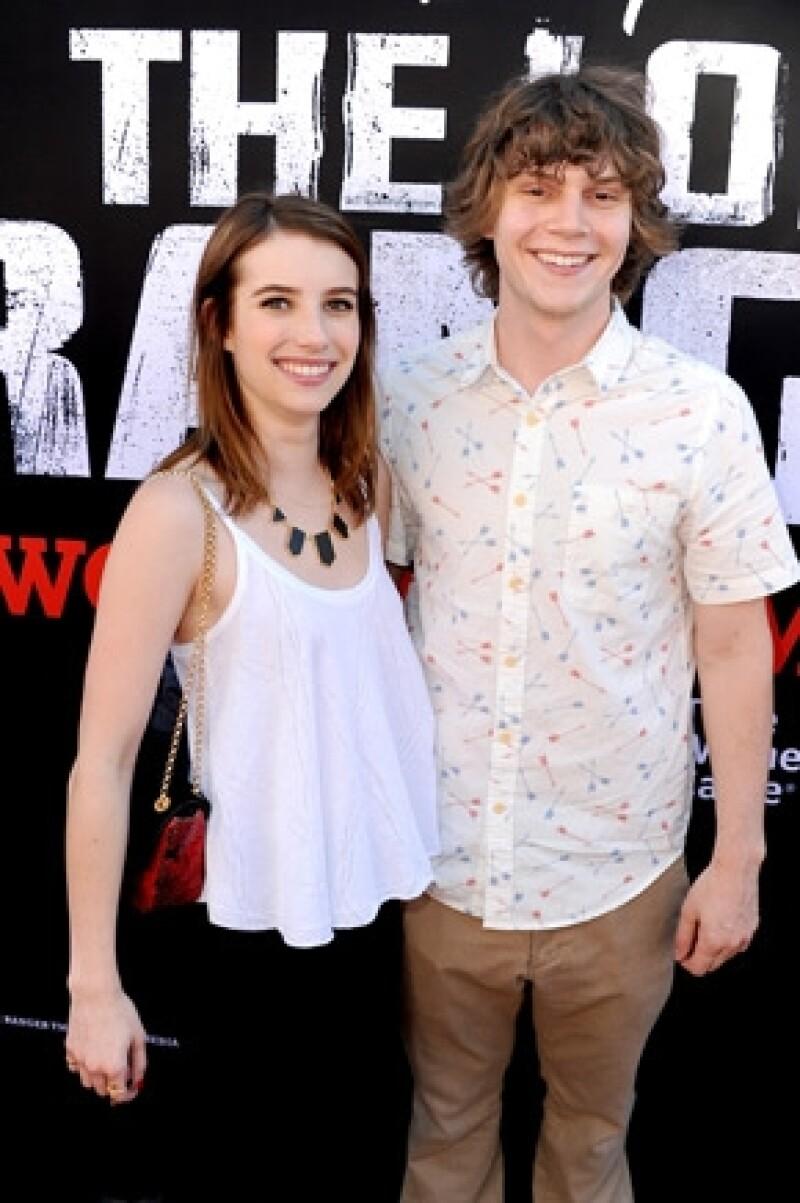 La actriz de 22 años discutió con su novio Evan Peters el domingo 7 de julio en Montreal, donde hubo abuso psicológico y físico, según informes.