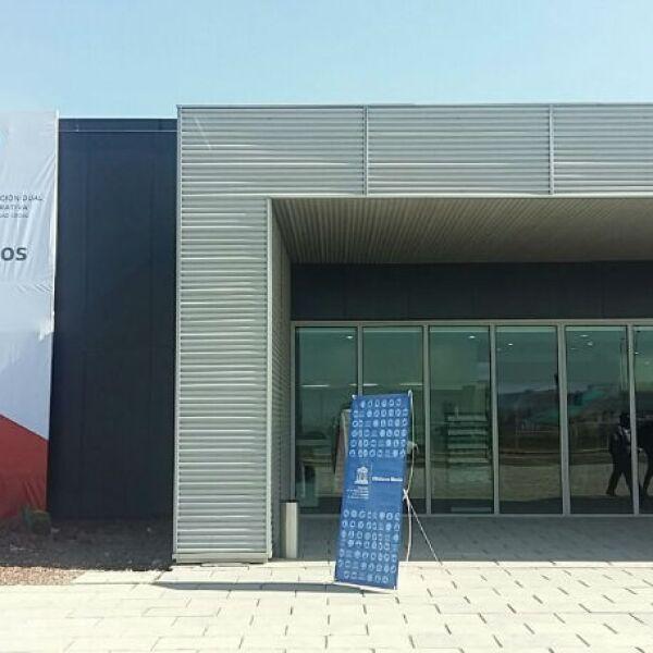 fachada de la planta de Audi en Puebla