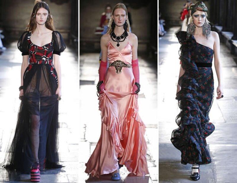 Alessandro propuso vestidos con muchos olanes.