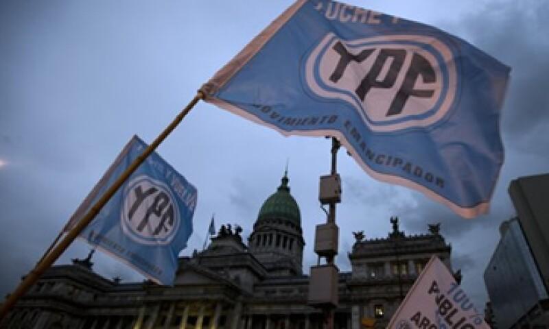 El 51% del total de las acciones expropiadas quedará bajo control de YPF. (Foto: AP)