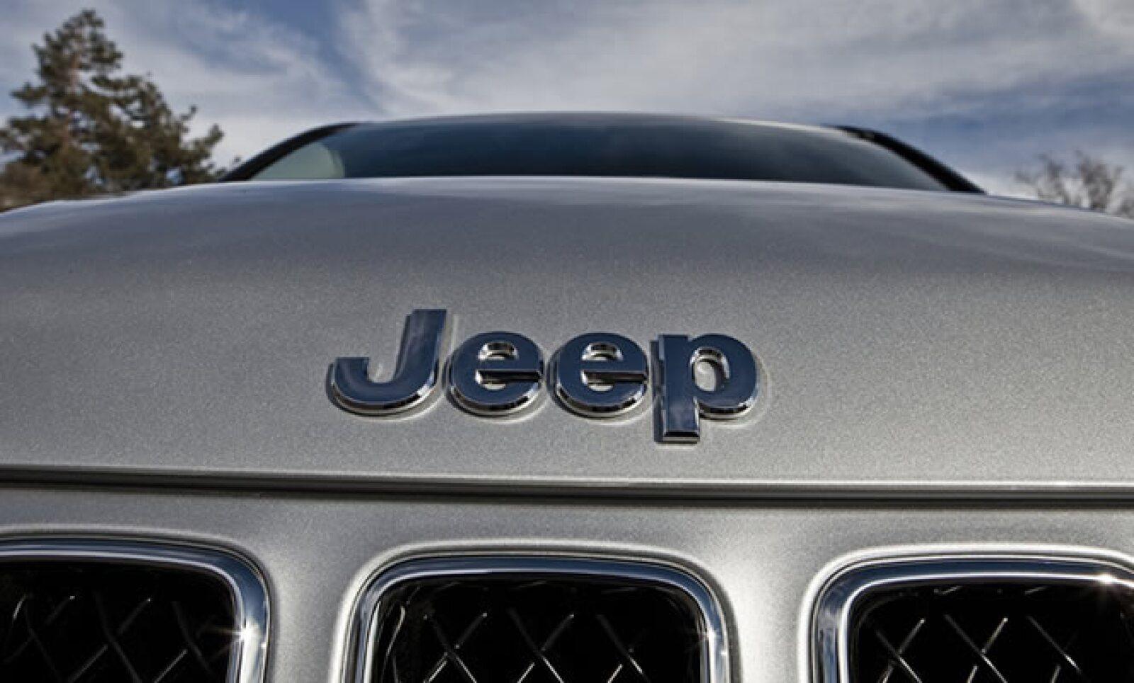 Construido en la planta de montaje de la firma en Belvidere, Illinois, los modelos 2012 ya se encuentra disponibles en varios mercados.