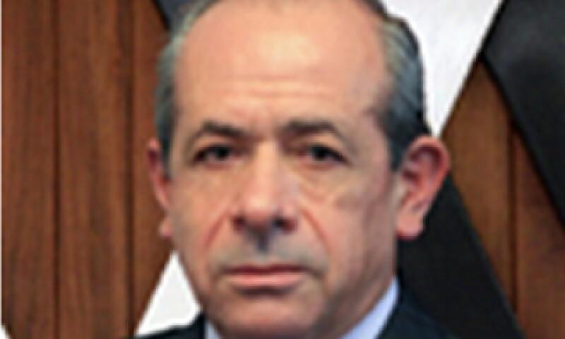 Enrique Fernández Fassnacht es miembro regular de la Academia Mexicana de Ciencias. (Foto: Tomada de www.anuies.mx )
