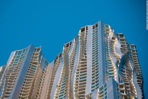8 Spruce Street (2003-11) por Gehry Partners en Nueva York