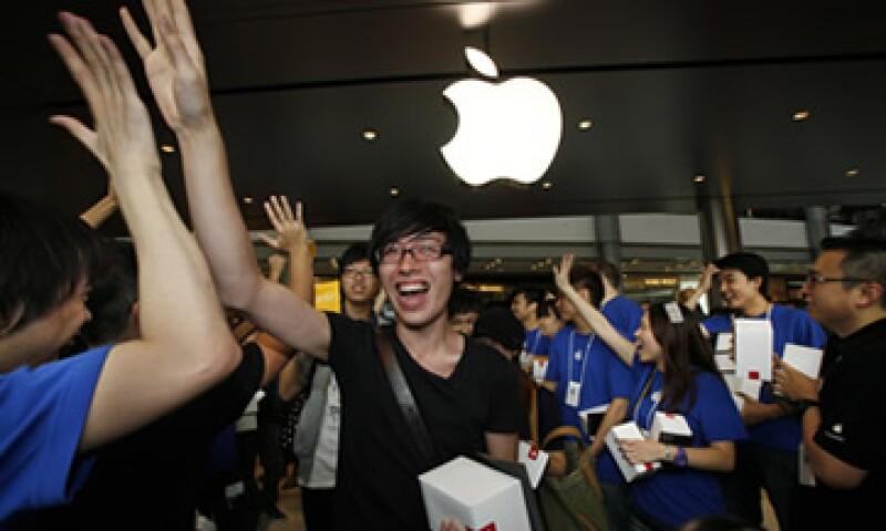 La tienda de Hong Kong abrió tras la inauguración de una tercera sucursal en Shanghai este viernes. (Foto: AP)