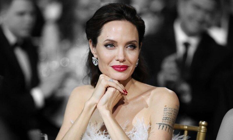 Angelina-Jolie-Nueva-Pelicula-Cambio-de-Look