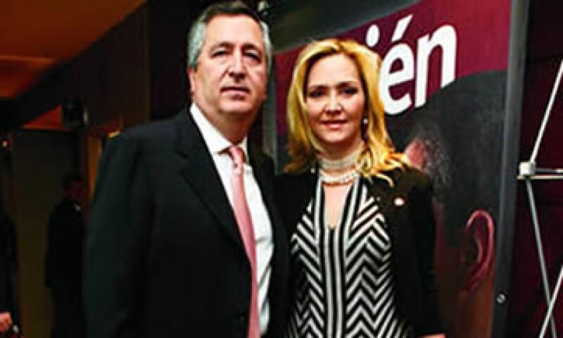Angélica Fuentes y Jorge Vergara tenían una relación empresarial desde 2007. (Foto: Tomada de quien.com )