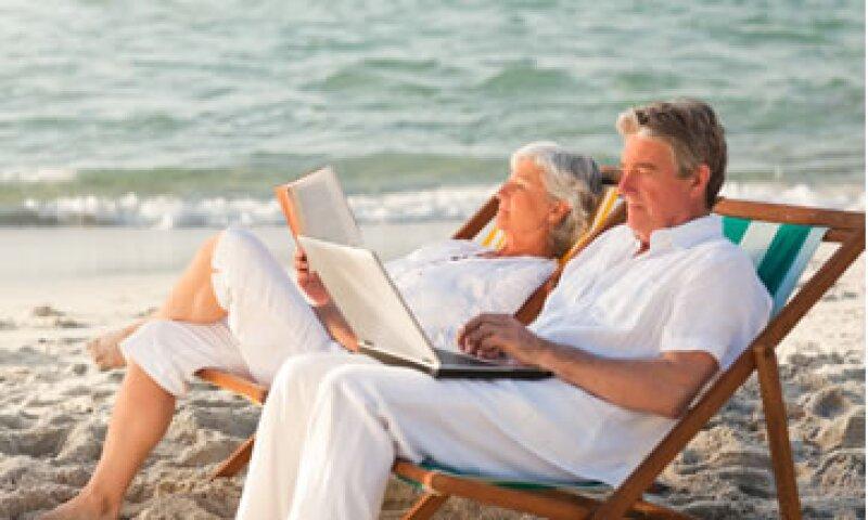No tienes que esperar a cumplir 65 años para disfrutar los beneficios de tu Afore. (Foto: Photos To Go)