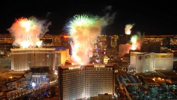 Con mucho ambiente y lleno de celebridades, recibieron el 2010 en Las Vegas.