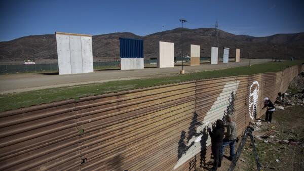 Los Ángeles contra el muro
