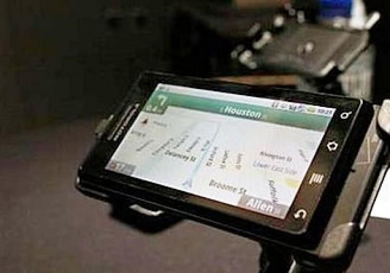 Apple demandó a HTC por sus teléfonos con Android en marzo, mientras que Oracle hizo lo mismo contra Google en agosto. (Foto: AP)