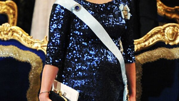 El 17 de octubre de 2011 la corte real anunciaba que la princesa Victoria esperaba con Daniel Westling a su primera hija, así dio a luz a Estelle en marzo del 2012.