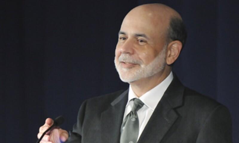 Los analistas creen que la Fed, cuyo titular es Ben Bernanke, está empujando la economía con una cuerda. (Foto: Reuters)
