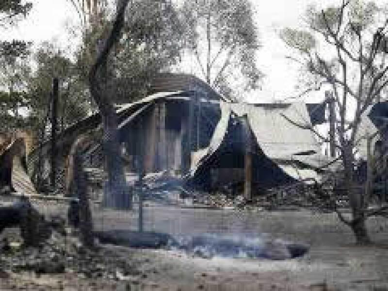 Los incendios han dejado 20 heridos. (Foto: Reuters)