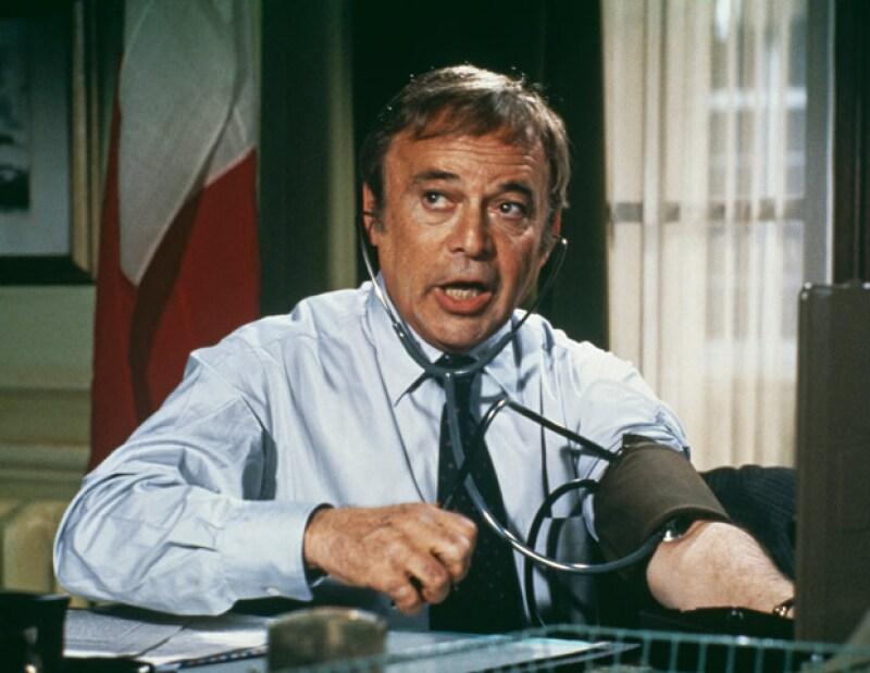 """El actor británico Herbert Lom, quien interpretó en el cine al inspector  en las películas de """"La pantera rosa"""", falleció hoy a la edad de 95 años, mientras dormía."""