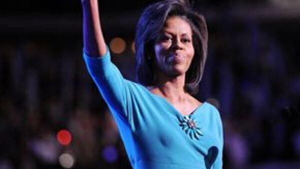 Varios estadounidenses han hecho tal comparación por la elegancia natural y genuina espontaneidad que caracterizan a la próxima primera dama de Estados Unidos.