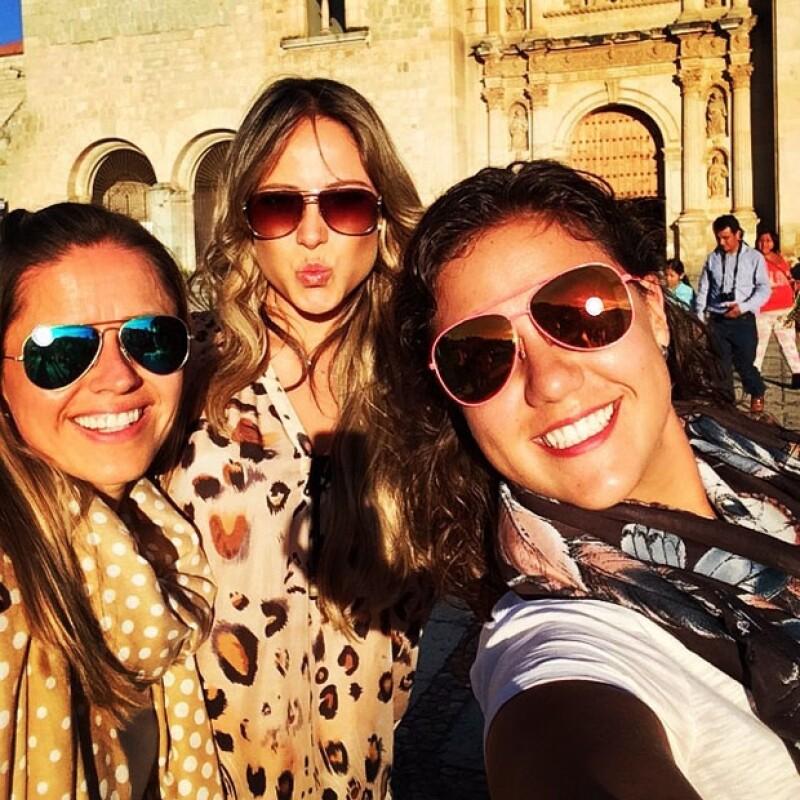 Vane Hupp recorrió las calles del centro de Oaxaca junto con dos amigas.