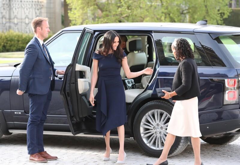 Meghan Markle y su madre antes de reunirse con la reina Isabel II
