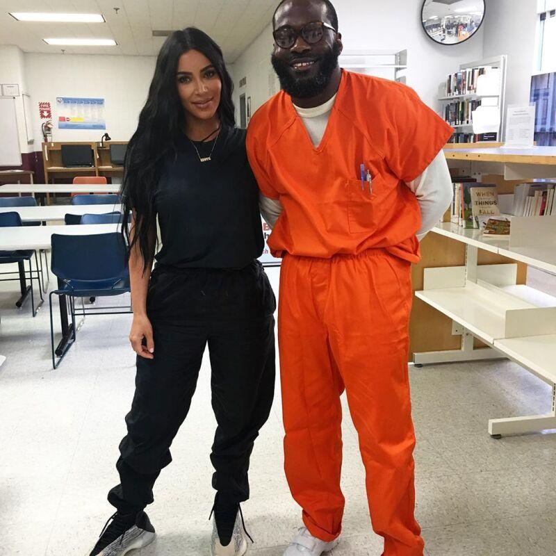 Kim Kardashian y Momolu Stewart