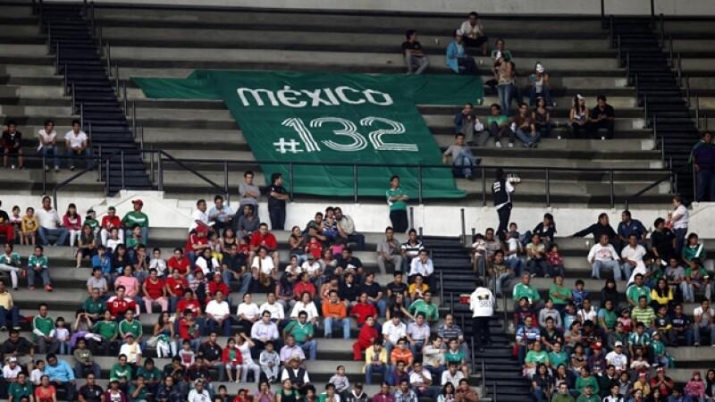 manta de yosoy132 en el azteca