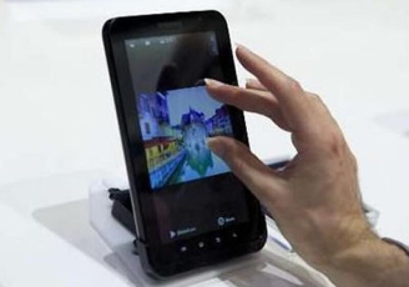 La Galaxy Tab de Samsung ofrece acceso a libros, películas y música.  (Foto: Reuters)