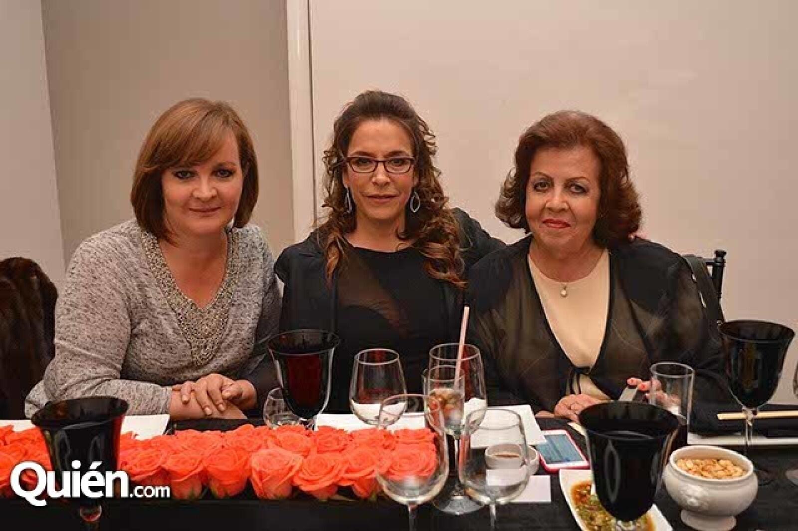Alma Richter,Fernanda Familiar y Ana Morales de Richter.