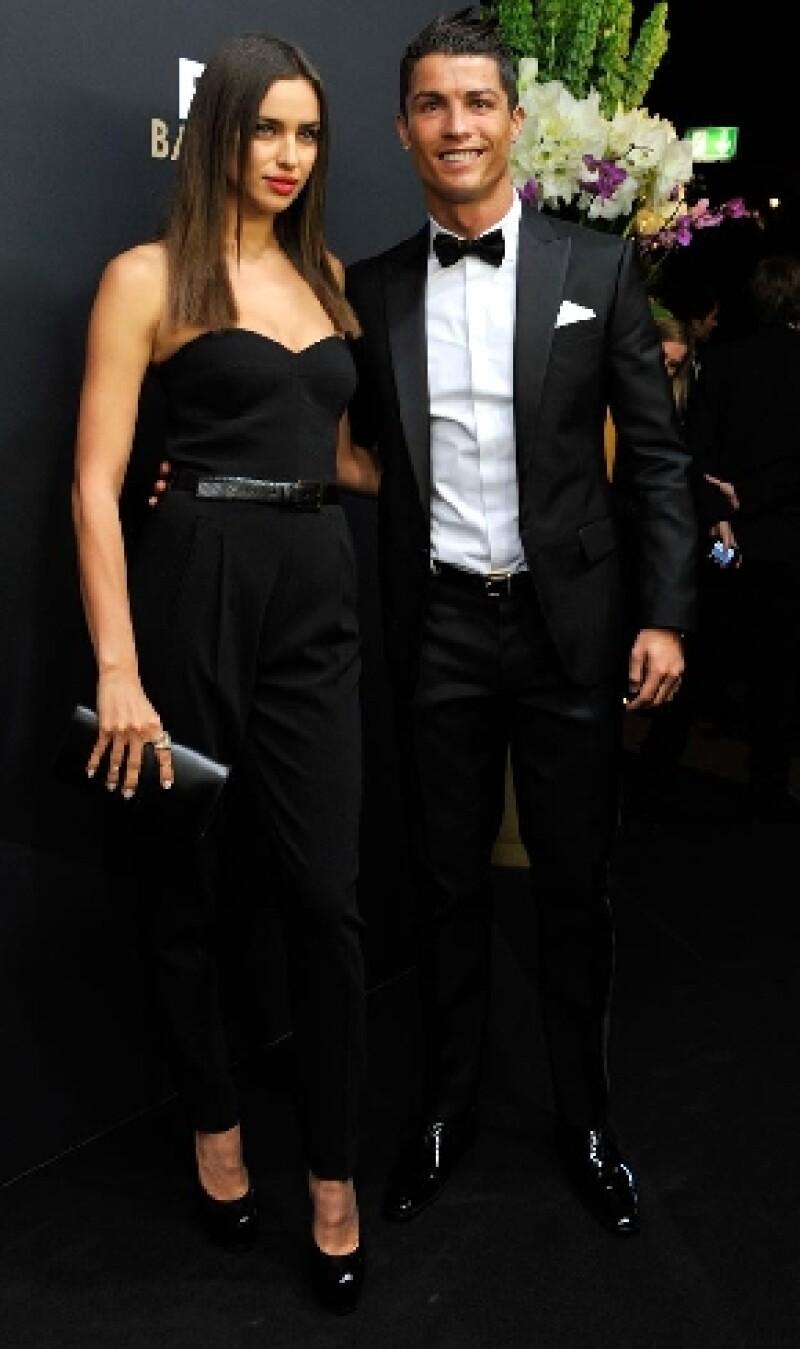 Una encuesta realizada por portal británico especializado posicionó a la pareja por encima de celebridades como David y Victoria Beckham.