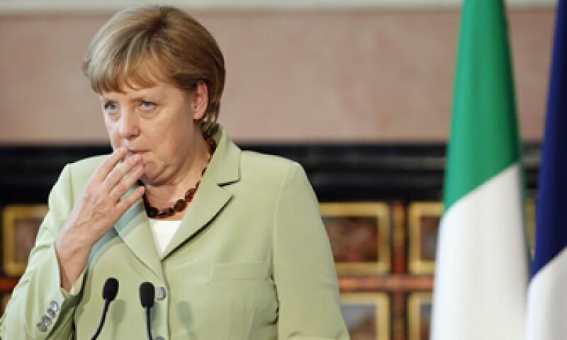 Angela Merkel rechaza la propuesta de que Europa comparta las deudas de Estados en problemas. (Foto: Reuters)