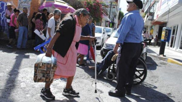Los adultos mayores en México representan sectores significativos de la población nacional (Foto: Cuartoscuro/Archivo)