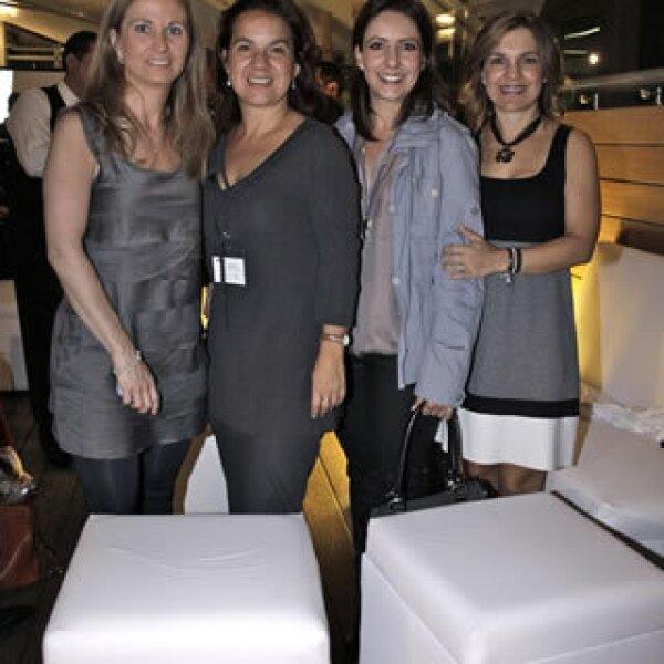 Feruca Domínguez, Alejandra Puron, Adri Guerrero y Luz María Puron