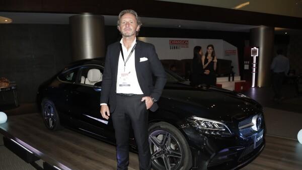 Radek Jelinek destaca las ventajas de la industria automotriz en la plataforma mexicana.