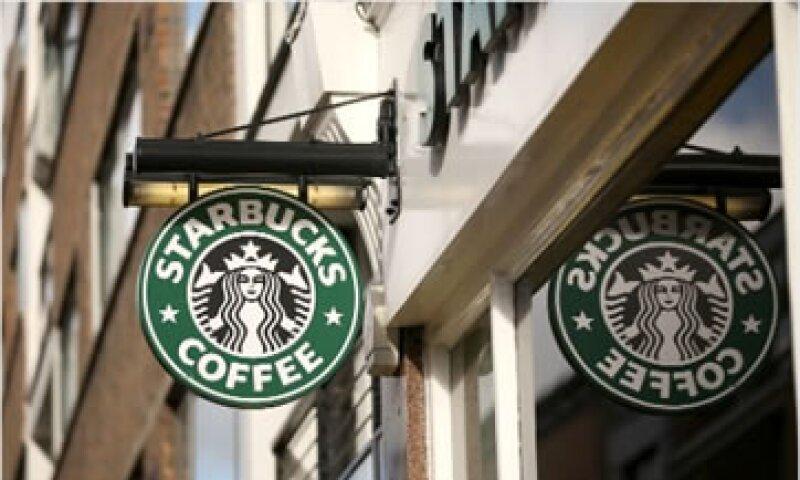 Starbucks emitió un comunicado que el Gobierno británico calificó de poco convincente. (Foto: Cortesía CNNMoney)