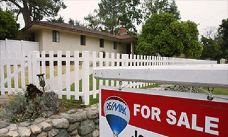 A tasa anual, los precios cayeron 3.8%, en línea con lo esperado. (Foto: Cortesía CNNMoney.com)
