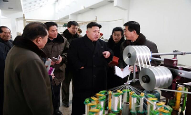 China proporciona a Corea del Norte la mayoría de sus suministros alimentarios y energéticos, y representa el 60% de su comercio total. (Foto: Reuters )