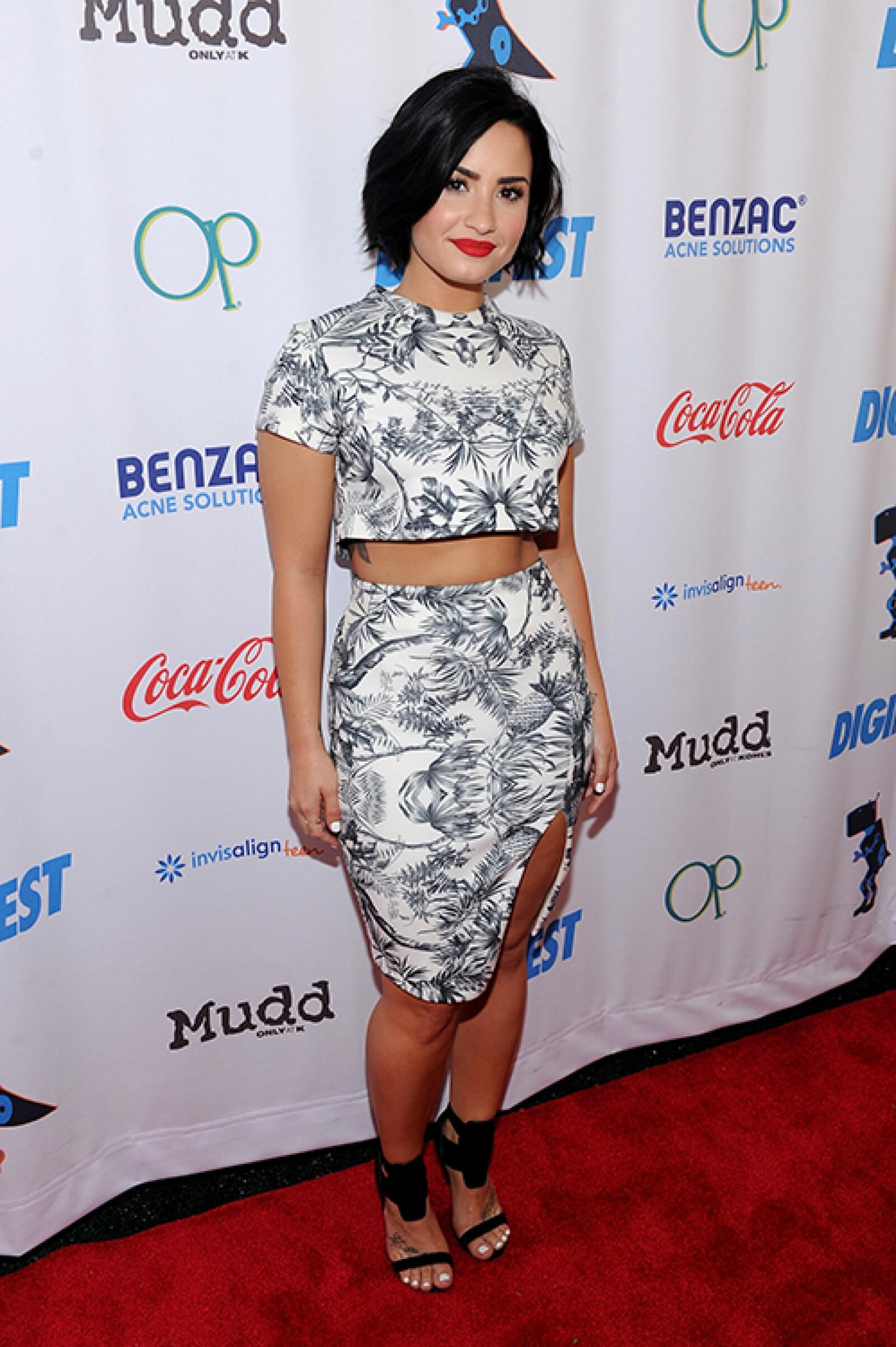 Demi ha acabado con los kilos de más y ahora luce un abdomen plano y marcado.