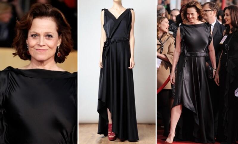 Algunas se atrevieron a retar a la moda y perdieron. Sigourney Weaver no es la única, ya que también Agelina Jolie, Amanda Seyfried y Celin Dion en su intento por lucir cool, fallaron.