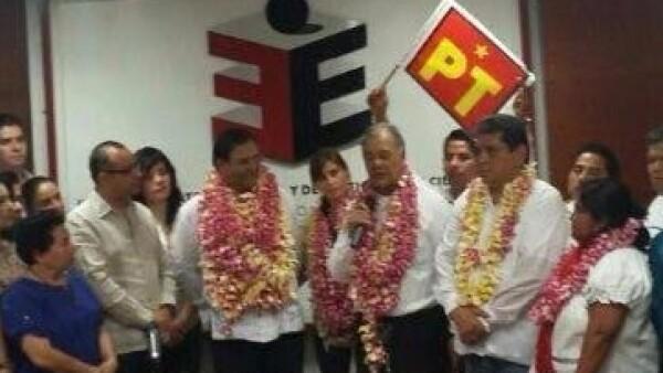 Benjamín Robles solicitó su registro como candidato del PT a gobernador de Oaxaca. (Foto: Carlos Hernández/CNNExpansión)