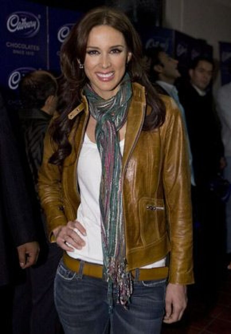 A pesar de que Jacqueline quería descansar de las telenovelas, dijo que no se podía negar a protagonizar el nuevo melodrama de la productora, pues era un sueño que tenía desde se inició como actriz.