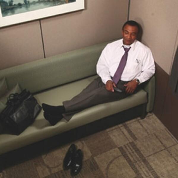 Minute Suites capsulas dormir aeropuertos