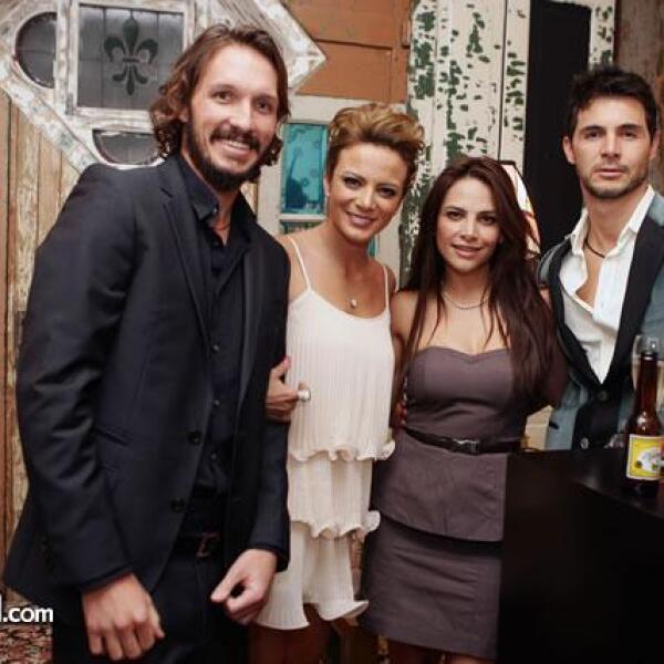 Camilo Andrade,Silvia Navarro,Fabiola Campomanes,German Rosette